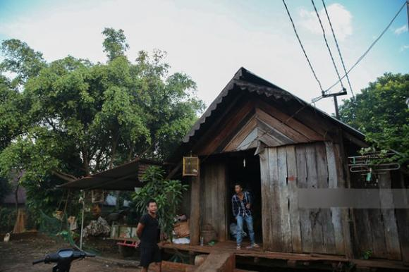sao Việt,H'Hen Niê,H'Hen Niê sửa nhà cho bố mẹ