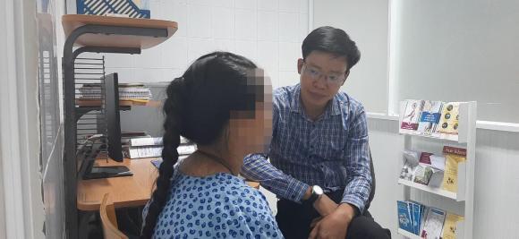 bé gái 14 tuổi nghi bị cậu ruột hiếp dâm đếm mang thai, hiếp dâm trẻ em, tin pháp luật
