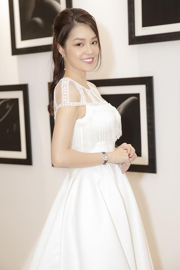nữ diễn viên dương cẩm lynh, sao Việt