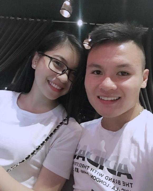 Quang Hải, bạn gái Quang Hải, Nhật Lê, sinh nhật bạn gái Quang Hải.