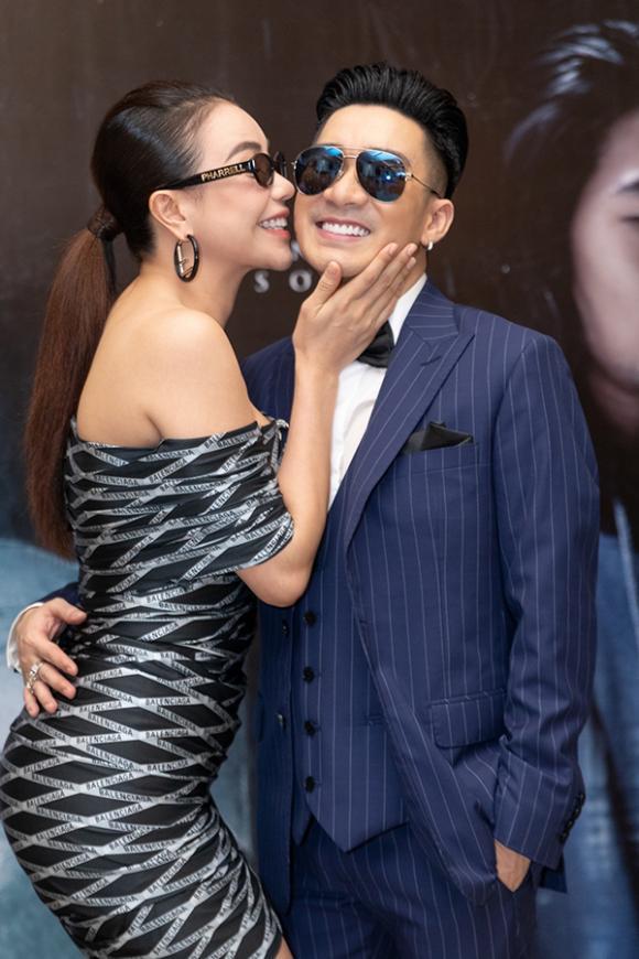 ca sĩ Quang Hà, ca sĩ Lâm Khánh Chi, người mẫu Mai Ngô, sao Việt