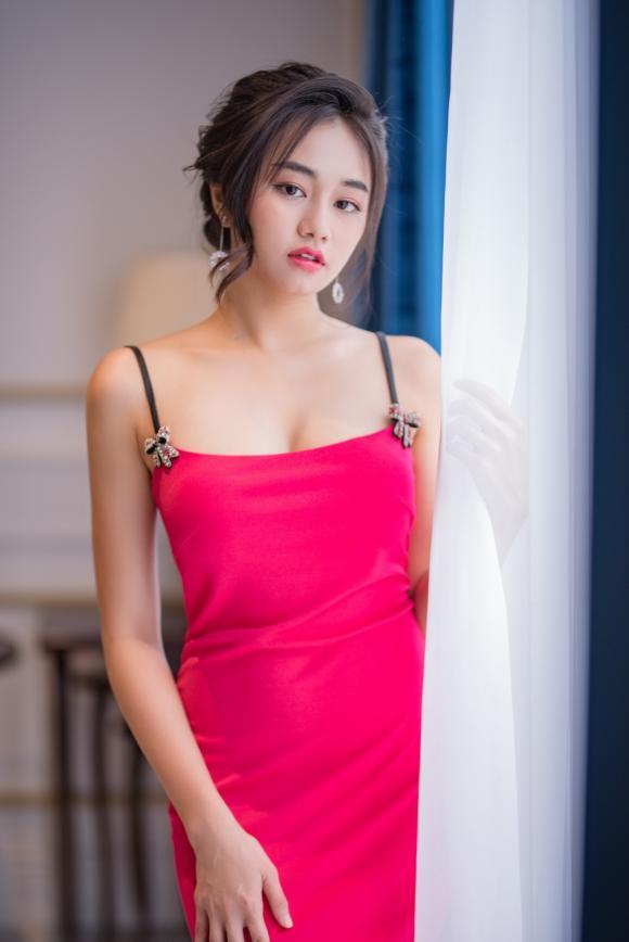 hương giang, Benz Akkaraporn, sao Việt