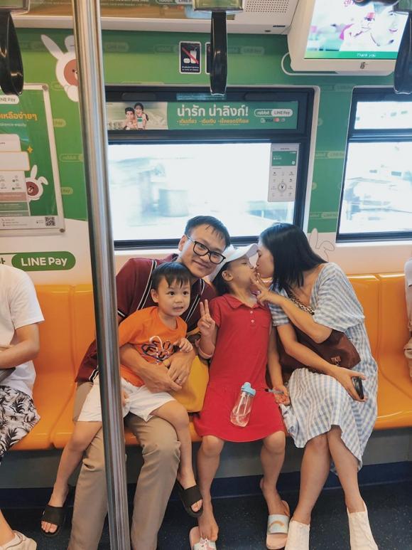 Diệu Hương, gia đình Diệu Hương, Diệu Hương du lịch thái lan, Diệu Hương sinh con đầu lòng