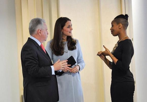 Hoàng gia Anh,Công nương Kate,mối thù Hoàng gia,Meghan Markle