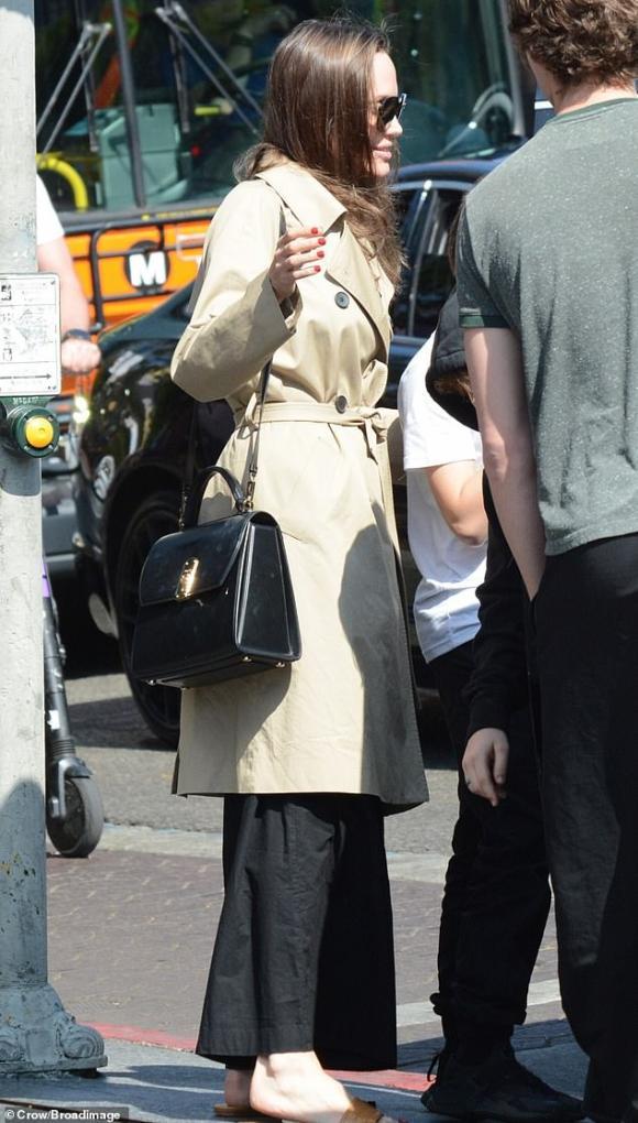 angelina jolie, thời trang của angelina jolie, sao hollywood