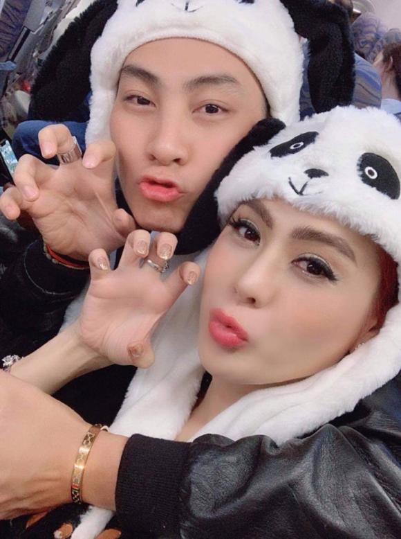 Lâm Khánh Chi, Lâm Khánh Chi mặt nở nốt, Lâm Khánh Chi mặt sần sùi, Lâm Khánh Chi và chồng