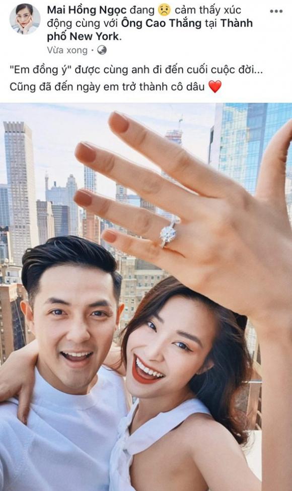 Sau 10 năm yêu nhau, Đông Nhi đã chấp nhận lời cầu hôn của Ông Cao Thắng