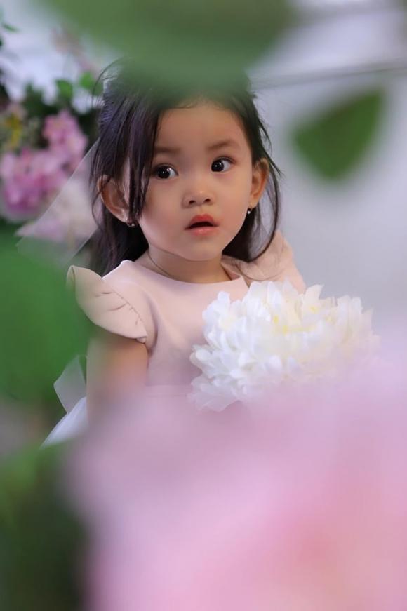 ca sĩ Hải Băng, sao Việt