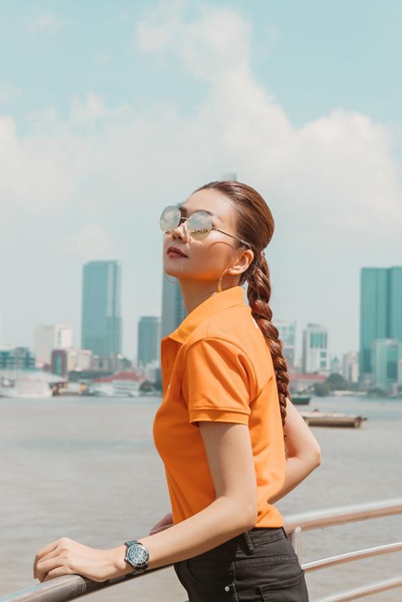 Siêu mẫu Thanh Hằng, ca sĩ Tóc Tiên, sao Việt