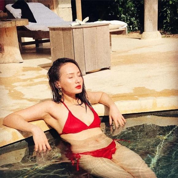 Những bóng hồng của Quốc Trường trong 'Về nhà đi con': Ai hot nhất khi diện bikini?