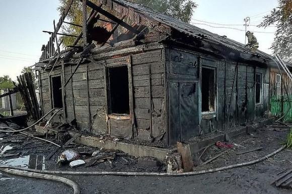cô gái thiệt mạng vì cháy nhà, status trùng hợp với cái chết, tử vong