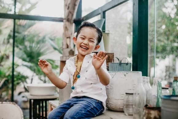 kiện tướng dancesport Khánh Thi,vu cong phan hien, sao Việt