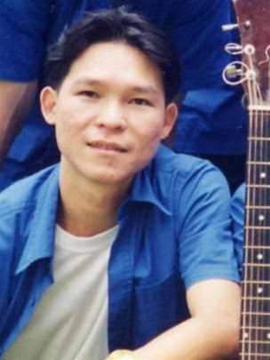 Thông tin hiếm hoi về nhạc sĩ kiêm ca sĩ thể hiện nhạc phim 'Về nhà đi con'
