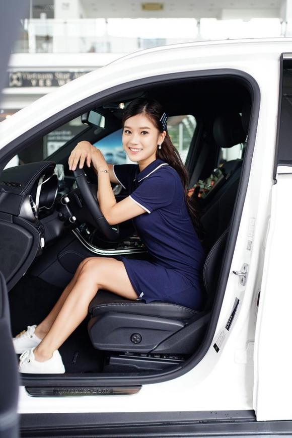 Hoàng Yến Chibi, ca sĩ Hoàng Yến Chibi, xe của sao, sao Việt