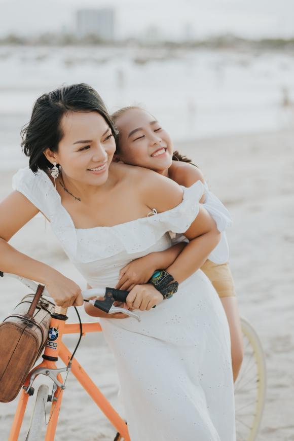 Thái Thùy Linh, con Thái Thuỳ Linh, sao Việt