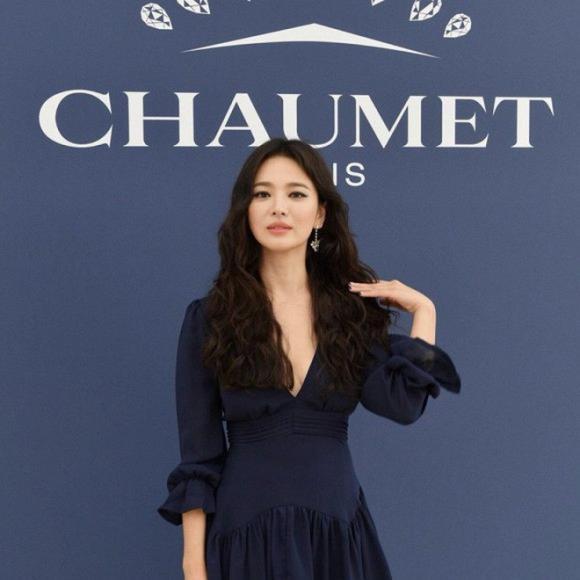 Song Hye Kyo,Song Joong Ki và Song Hye Kyo ly hôn,vòng một của Song Hye Kyo,Song Hye Kyo hở bạo,body của Song Hye Kyo,sao Hàn