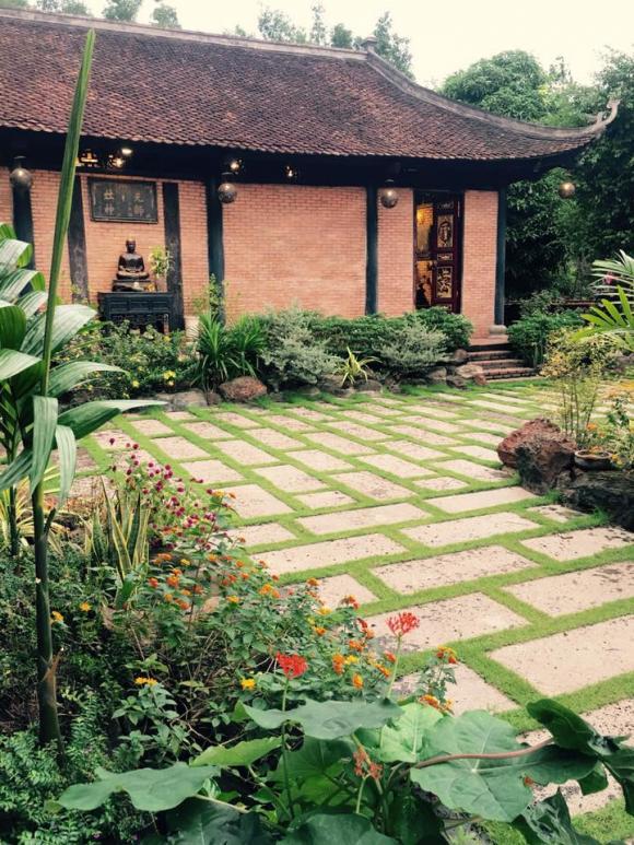 nhà Hoàng Mập, hồ cái koi, sao Việt, Việt Hương