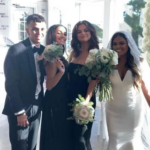 selena gomez, phù dâu, đám cưới, sao hollywood