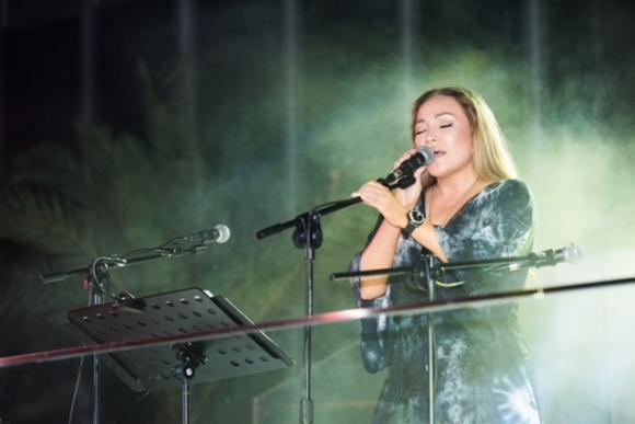 nữ ca sĩ thanh hà, sao Việt