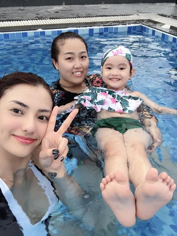 Hồng Quế, con gái Hồng Quế, sao Việt
