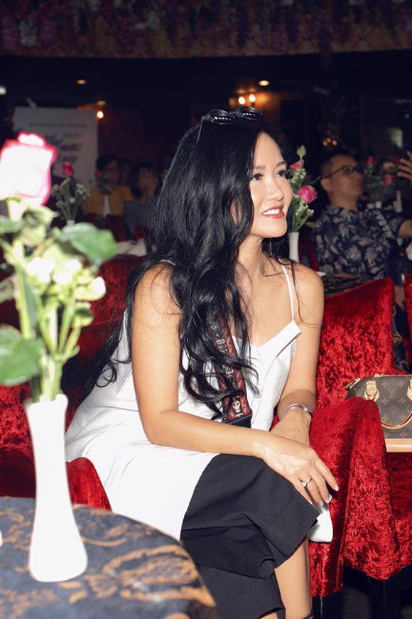 Diva Hồng Nhung, Dương Khắc Linh, ca sĩ Trang Pháp, ca sĩ Sara Lưu