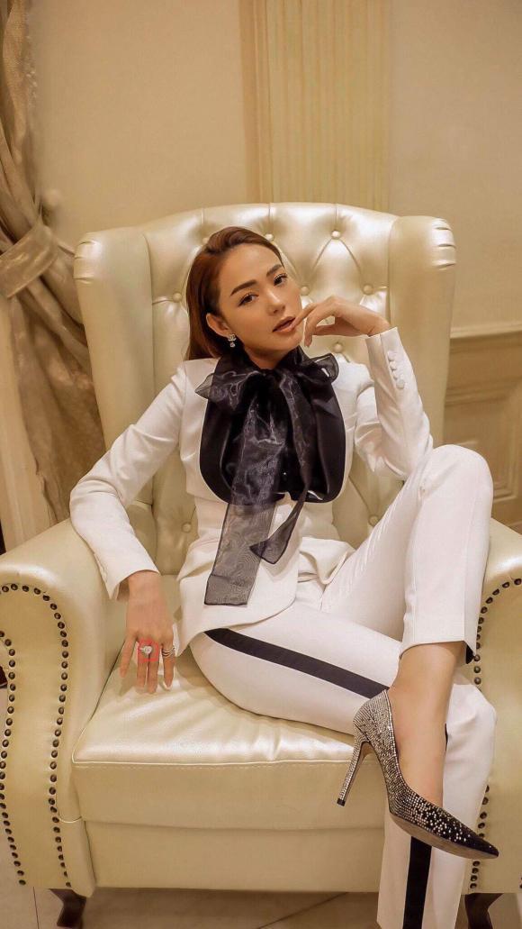 diễn viên Minh Hằng, sao Việt