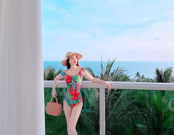 Bảo Thy,Bảo Thy mặc bikini,sao Việt