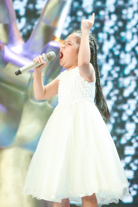 hoa hậu Hương Giang, ca sĩ Phạm Quỳnh Anh, nhạc sĩ Lưu Thiên Hương, nhạc sĩ Hồ Hoài Anh, sao Việt, Giọng hát Việt nhí 2019