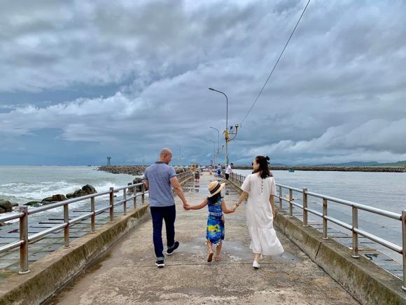 Phan Đinh Tùng, Phan Đinh Tùng đi du lịch, gia đình Phan Đinh Tùng, Phan Đinh Tùng đi diện