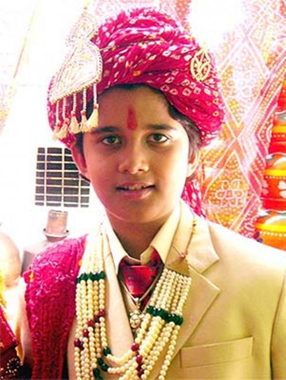 Cô dâu 8 tuổi,Avinash Mukheriee,Avika Gor,sao Ấn