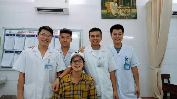 Quang Anh, Quang Anh 'Về nhà đi con', Quang Anh bị ngã, Quang Anh bị tai nạn