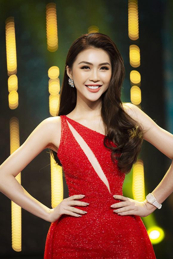 hoa hậu Tường Linh, sao Việt, hoa hậu Hương Giang, ca sĩ Lệ Quyên