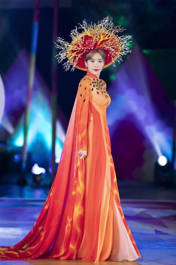 Hoa khôi Nam Em, hoa hậu Mai Phương Thúy, sao Việt