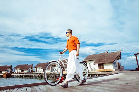 Vũ khắc tiệp,ông trùm chân dài,vũ khắc tiệp du lịch maldives,sao việt