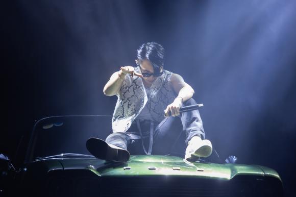 Sơn Tùng MT-P, Sky Tour 2019, sao Việt
