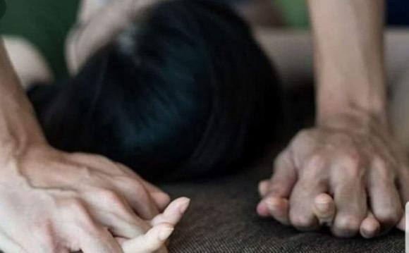 hiếp dâm con của vợ, cha dượng hiếp dâm con gái, hiếp dâm ở Đà Nẵng