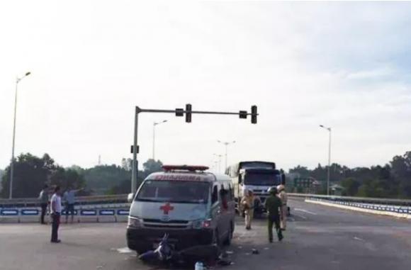 tai nạn giao thông đà nẵng, tai nạn giao thông, Đà Nẵng, xe cứu thương