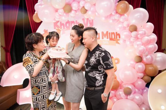 á hậu Trà My, á hậu Thanh Tú, con gái á hậu Trà My, sao Việt