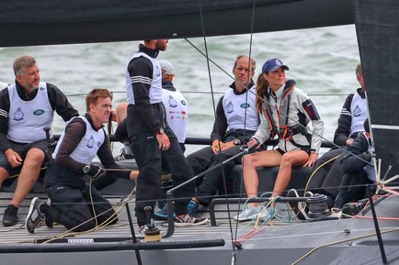 Công nương Kate,đôi chân nuột nà của Kate,Hoàng gia Anh