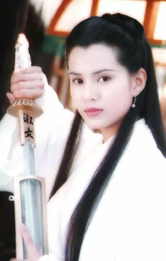 Tiểu Long Nữ, Lý Nhược Đồng, sao Hoa ngữ