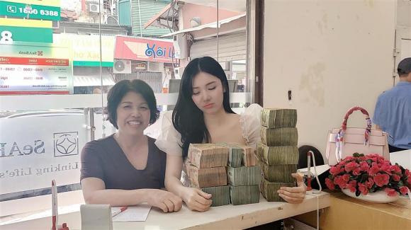 Thanh Bi khoe tậu nhà tiền tỷ dù vừa có ý định bán căn hộ Quang Lê tặng
