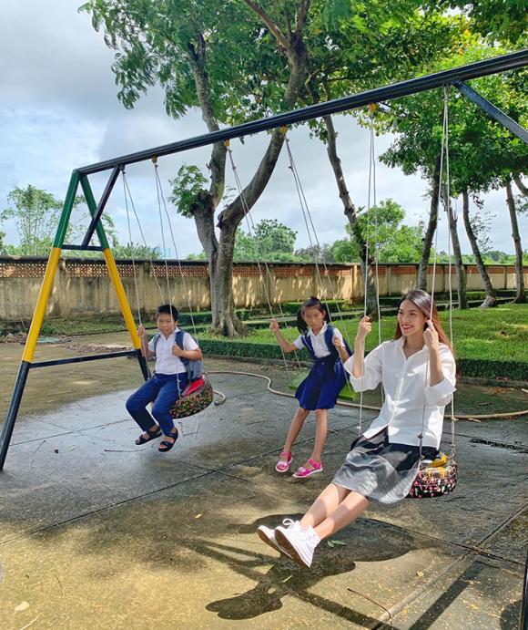 ,Hoa khôi Lan Khuê,Giải vàng siêu mẫu Lan Khuê, sao Việt