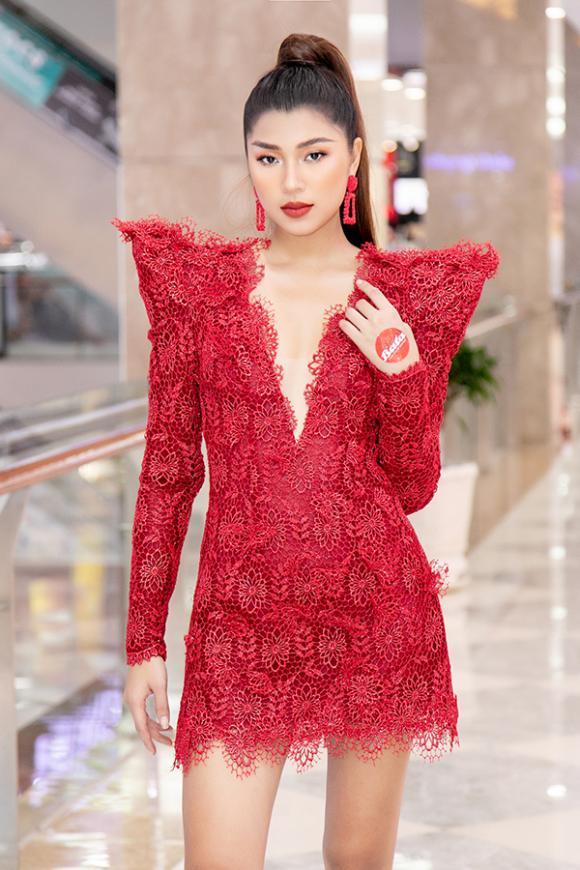 hotgirl Khánh Linh, người mẫu Đồng Ánh Quỳnh, sao Việt
