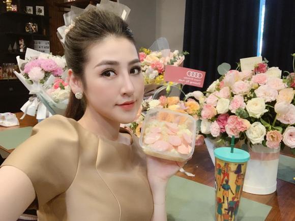 tú anh,hoa hậu việt nam 2012,phẫu thuật thẩm mỹ