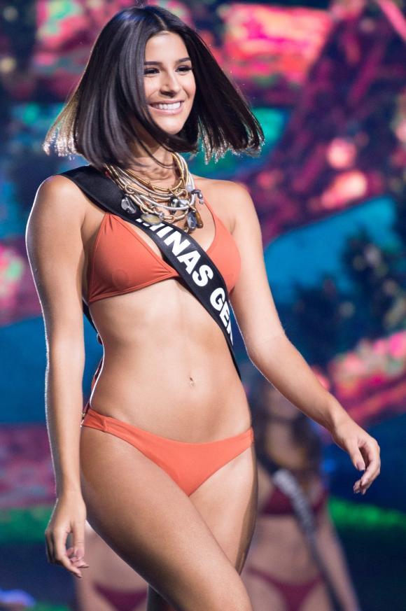 Miss Universe 2019, Hoàng Thùy, sao Việt