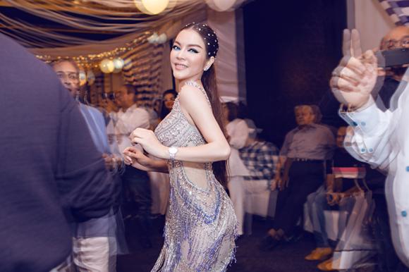 Lý Nhã Kỳ, đại sứ du lịch, sao Việt