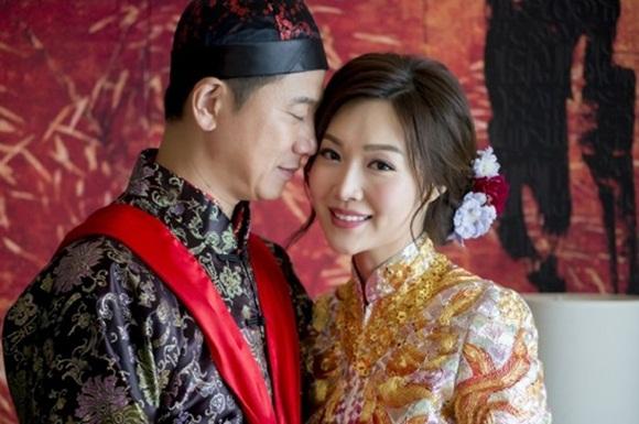 Triệu Vy, Diệp Thúy Thúy, cựu Hoa hậu Hong Kong