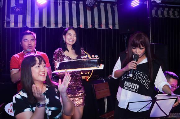 Phương Thanh,Ngọc Lan,Hồng Ánh,sao Việt