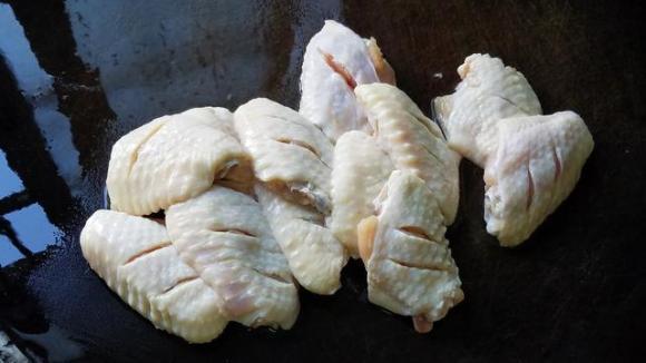 cánh gà, gà hầm tỏi, gà