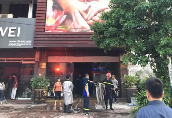 cháy quán massage, cháy lớn ở Hà Nội, cháy quán karaoke